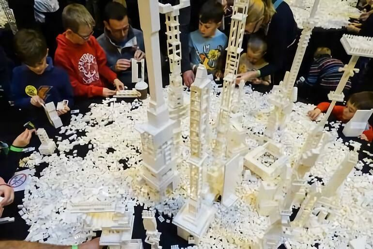 BRICKLIVE BUILD ZONE LEGO ARCHITECTURE