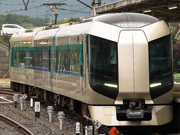 関東の「私鉄特急」11選 最新車両&ロマンスカー&豆知識も! | いこレポ