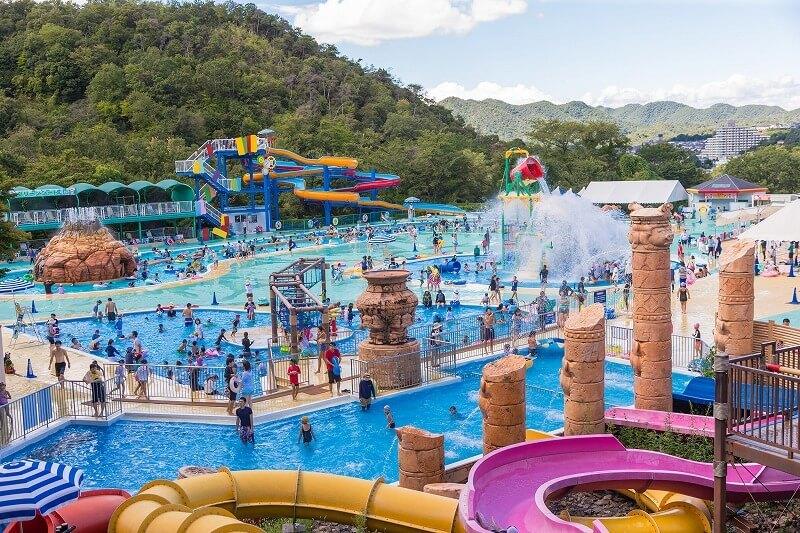 【東海】プールが楽しめる遊園地・テーマパーク6選 幼児も満喫 ...