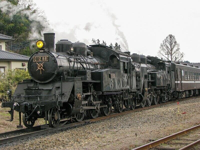 全国のSL(蒸気機関車)に乗れるスポット16選 路線&運行期間も | いこレポ